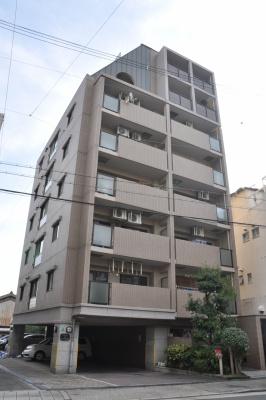 8階建てマンションの3階♪
