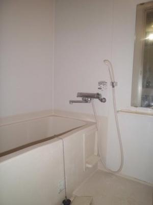 雨の日のお洗濯も安心の浴室乾燥機付きバスルームです!お風呂に浸かって一日の疲れもすっきりリフレッシュ♪※参考写真※