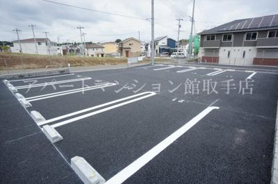 【駐車場】コーポファミーユN