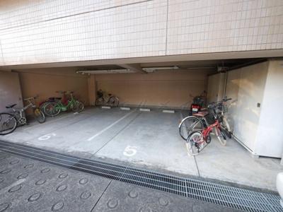 【駐車場】ウエストフォーレスト