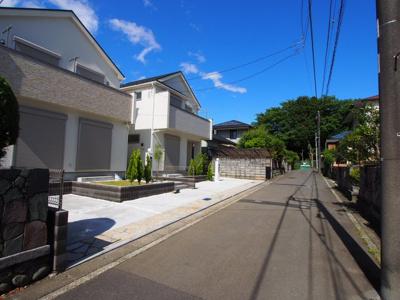 【前面道路含む現地写真】保土ヶ谷区川島町全2棟 新築戸建