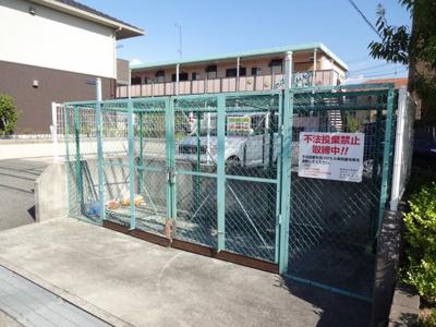 【駐車場】ベリーズガーデン
