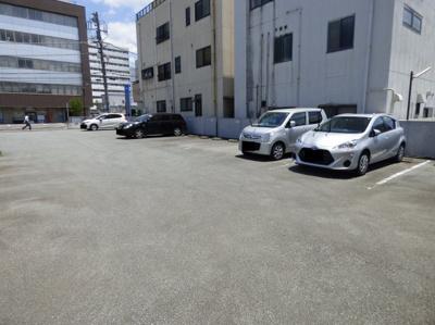 【駐車場】土屋月極駐車場