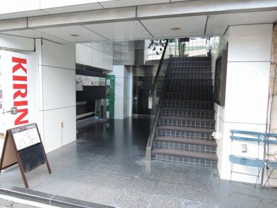 JR根岸線「石川町」駅徒歩3分と好立地。
