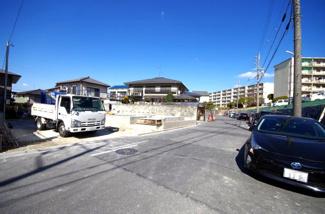 1号棟 前面道路含む現地(2018年02月)撮影