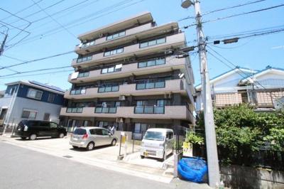 きれいな外観です 吉川新築ナビで検索