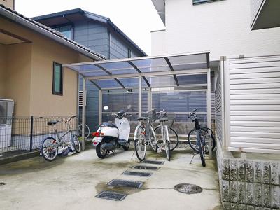 敷地内駐輪場です