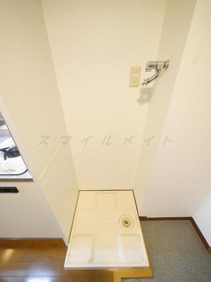 室内洗濯機置き場・ドラム式も置けます。
