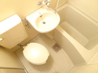 【浴室】この価格でバストイレ別♪