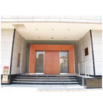 【エントランス】インペリアル新神戸