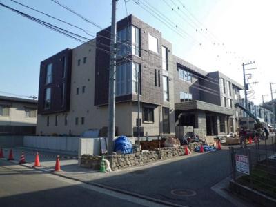 東横線「綱島」駅・「大倉山」駅より徒歩圏内の3階建てマンションです♪2駅利用可能で通勤通学・お買物にも便利な立地です☆