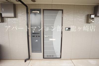 【玄関】クレスト藤ヶ丘ⅡB棟