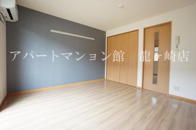【居間・リビング】クレスト藤ヶ丘ⅡB棟