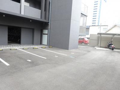 【駐車場】プール・トゥジュール梅田ウエスト