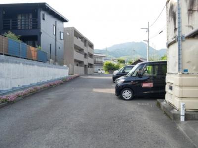 【駐車場】ヴィラフォレスト