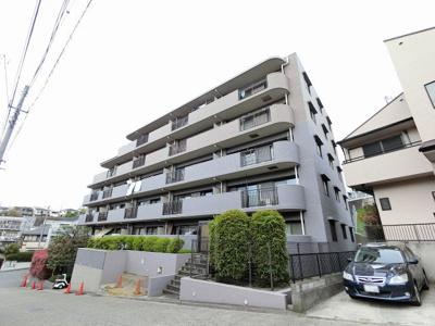 東急東横線「妙蓮寺」駅徒歩7分と好立地。
