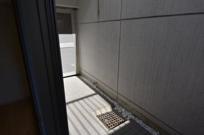 【バルコニー】アパートメンツ目黒行人坂