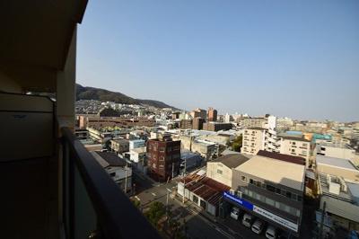 9階部分で神戸の山並みが一望できます。