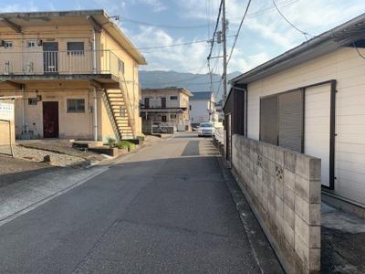 【前面道路含む現地写真】【売地】第三中学校区・56408