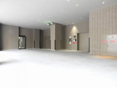 【駐車場】プレミストタワー大阪新町ローレルコート
