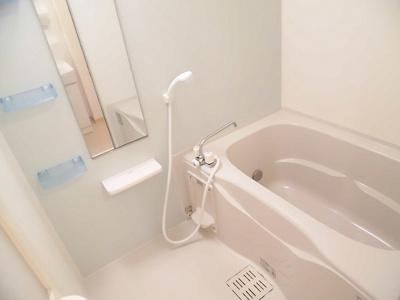 【浴室】イエロータウンⅡ