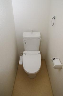 新築なのでもちろんトイレもきれいです