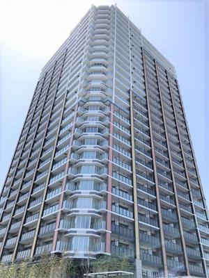 相鉄本線「二俣川」駅直結!鉄筋鉄骨コンクリート造29階建てのタワー型新築マンションです♪