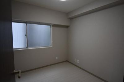 【寝室】フルリフォーム住みの綺麗な1LDK オーロラ三田