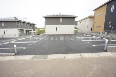 【駐車場】コーポファミーユO