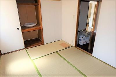 【寝室】ヘルシーシャトー