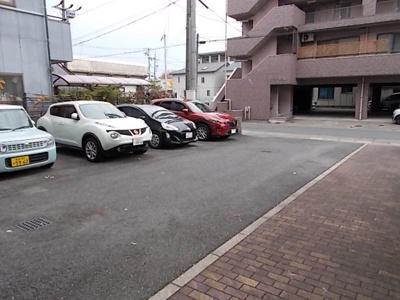 【駐車場】サンライトマンション