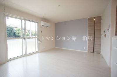 【居間・リビング】メゾン・ド・TJ1