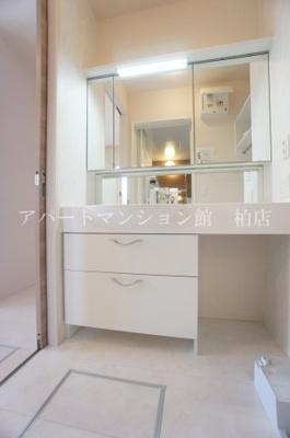 【独立洗面台】メゾン・ド・TJ1