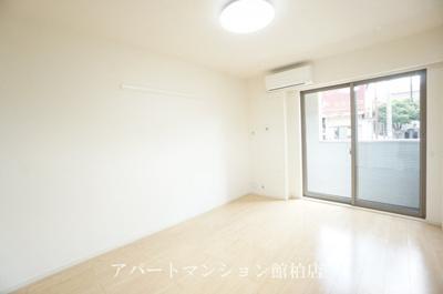 【寝室】カーサ・ラッフィナートⅢ