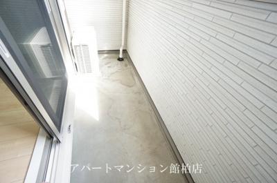 【エントランス】カーサ・ラッフィナートⅢ