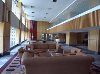 1階ロビーにはコンシュルジュサービスあり。