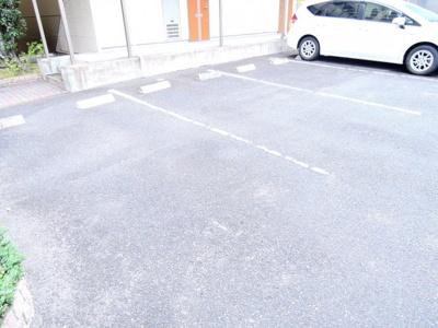 【駐車場】マレット・フィールドB棟