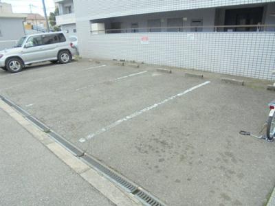 【駐車場】メゾンド針中野