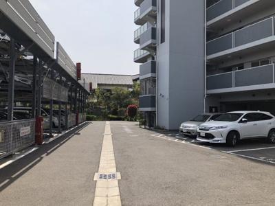 駐車場空きあります!(^^)!