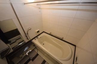 【浴室】本山ロイヤルマンション