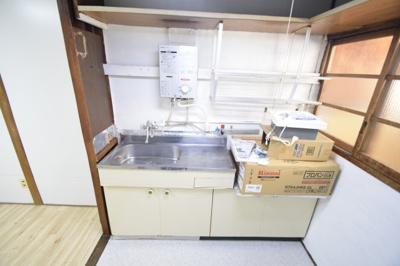 【キッチン】法善寺4丁目連棟