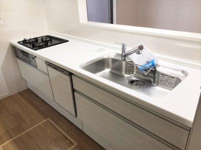 対面式キッチン☆食器洗乾燥機付き!