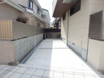【駐車場】ヌメロ・ウノ甲子園口