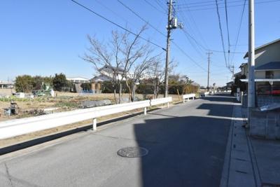 【前面道路含む現地写真】鴻巣市鎌塚(市街化調整区域)2区画