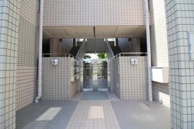 【エントランス】上野東リバーサイド