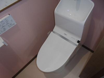 各階にトイレがあります