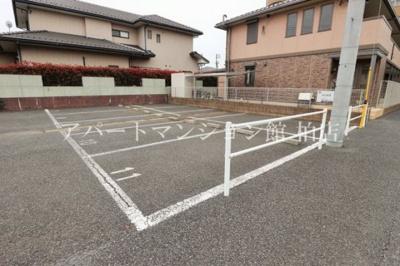 【駐車場】エテルナーレ