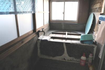 【浴室】山南町長野中古住宅