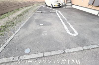 【駐車場】アマルフィイ