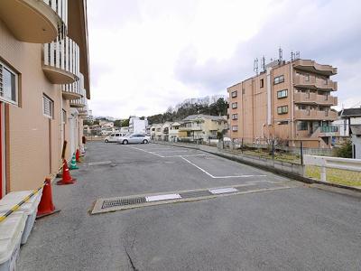 【駐車場】エヌエムドゥーズ